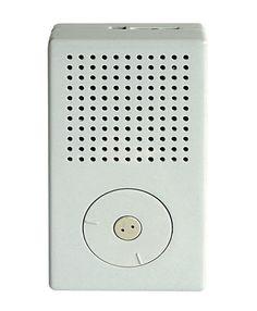 O T3 (1958), rádio portátil, design de Dieter Rams, cujo desenho inspirou o primeiro modelo do iPod, da Apple