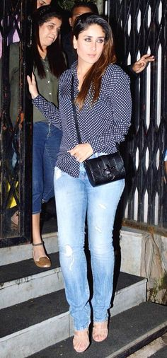 Kareena Kapoor in a pretty top and jeans. #Bollywood #Fashion #Style