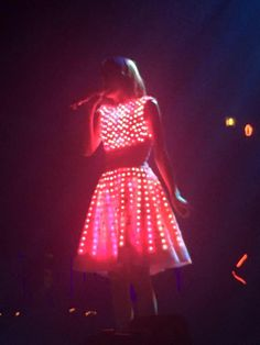 this dress is glowing in the dark OH OH OH! These hands had to dye it pink, and this dress looks amazing OH OH OH #thisloveparody