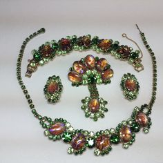 Hey, I found this really awesome Etsy listing at https://www.etsy.com/listing/127134602/de-aka-juliana-parure-green-cats-eye