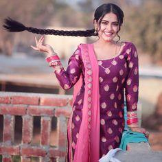 Punjabi Girls, Punjabi Suits, Salwar Suits, Hd Photos, Girl Photos, Patiala Suit Designs, Punjabi Models, Punjabi Fashion, Indian Designer Suits