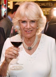 Charles and Camilla attend VE Day Commemorations in Lyon Camilla Parker Bowles, Duchess Of Cornwall, Duchess Of Cambridge, Royal Diary, Princess Diana Fashion, Prince Charles And Camilla, English Royalty, Herzog, Prince Of Wales
