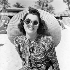 vintage sunglasses at miami beach, 1940