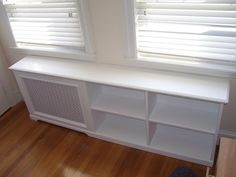 Don't see why we couldn't incorporate a radiator cover into a larger storage unit. Bay Window Living Room, New Living Room, Custom Radiator Covers, Bench Decor, Home Daycare, Home Buying, Interior Design Living Room, Home Projects, New Homes