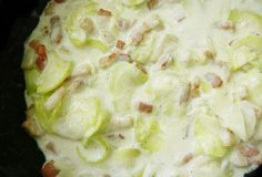 Courgettes à la carbonara légère WW Zucchini with light WW carbonara, recipe of a good dish easy and quick to prepare, ideal to serve with rice or pasta for a light and complete meal. Cooking For One, Easy Cooking, Healthy Cooking, Cooking Tips, Healthy Meals For Two, Good Healthy Recipes, New Recipes, Quick Recipes, Healthy Life