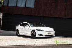 New-pearl-white-tesla-model-s-20-inch-wheel-tst-matte-black-3 | Tesla Motors Club Tesla S, Tesla Motors, Black Rims, Matte Black, Tesla Model S White, Hybrids And Electric Cars, 20 Inch Wheels, Mustang Cars, Car Ford