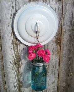 Upcycled Yard Art Solar Jar Light, Pan Lid Hook, Vintage Ball Mason Jar Hanging Lantern, Flower Frog Lid, Enamel Pan - All About Garden Mason Jar Projects, Mason Jar Crafts, Garden Crafts, Diy Crafts, Handmade Crafts, Deco Nature, Ball Mason Jars, Outdoor Crafts, Flower Frog