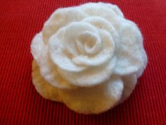 Brooch Necklace Wedding flower by PrettyWomanStore on Etsy, $18.00                                                 baixar videos do youtube