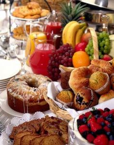 Breakfast buffet brunch 34 New Ideas Breakfast And Brunch, Gourmet Breakfast, Sunday Brunch, Best Breakfast, Breakfast Table Setting, Breakfast Bowls, Birthday Brunch, Brunch Party, Brunch Wedding