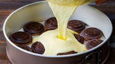 Milujete tvaroh? Tak tento recept je přímo pro vás. Je velmi jednoduchý na přípravu a chutná tak skvěle, že se ho nebudete chtít dojíst! Romanian Desserts, Torte Cake, Cheesecakes, Pain, Beautiful Cakes, Cake Recipes, Biscuits, Recipies, Pudding
