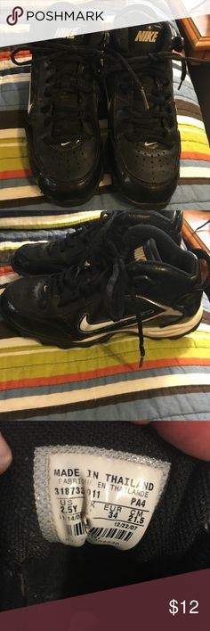 Nike cleats Barely worn Nike cleats Nike Shoes