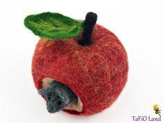 Apfelmäuschen (rot) von TaFiO Land auf DaWanda.com
