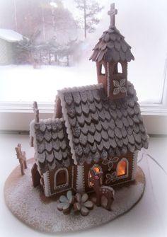 piparkakkutalo - Google-haku Putz Houses, Gingerbread Houses, Bird Houses, Edible Art, Little Boxes, Xmas Crafts, Holiday Cookies, Christmas And New Year, Food Art