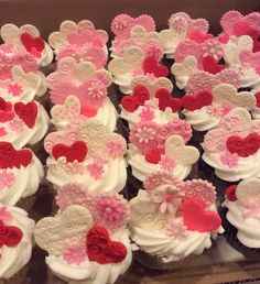 Chocolate Ganache Cupcakes, Fondant Cupcakes, Fun Cupcakes, Cupcake Cakes, Cup Cakes, Key Lime Cupcakes, Cupcakes With Cream Cheese Frosting, Heart Cupcakes, Valentines Cakes And Cupcakes