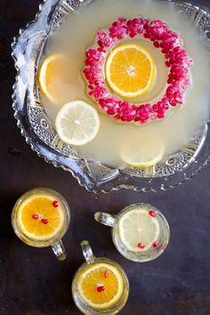 the 'Horse & Carriage' cocktail - a gin punch with citrus, St. Germain, and chamomile tea Beste Cocktails, Fun Cocktails, Fun Drinks, Yummy Drinks, Beverages, Party Drinks, Alcoholic Drinks, Drinks Alcohol, Healthy Drinks