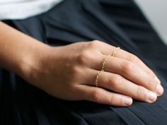 DIY Gold Chain Rings from the Free People Blog.  Normally I'm into statement rings, BUT I kind of like how delicate and subtle these rings are!
