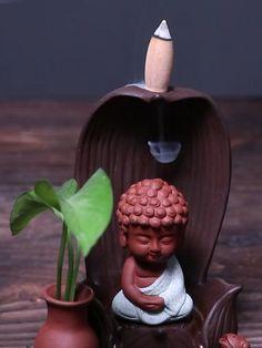 Meditation Room Decor, Meditation Space, Baby Buddha, Zen Space, Zen Room, Boho Bedroom Decor, Buddhist Art, Diy Mask, Zaha Hadid