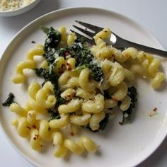 Spicy  Garlicky Kale Pasta by Jessica Seinfeld