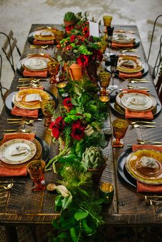 holiday wedding tablescapes, photo by Ashlee Hamon Photography http://ruffledblog.com/amelie-inspired-wedding-ideas #weddingideas #tablescape