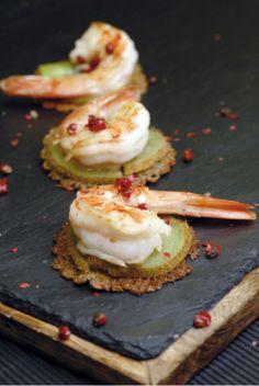Gambas sautées au kiwi, galette de blé noir. Recette : A. Beauvais. Photo : S.Thommeret. Découvrez la recette sur https://www.facebook.com/LesProduitsLaitiers/photos/a.739395296101295.1073741836.136045459769618/739395346101290/?type=3&theater  #entree #starter #appetizers #snack #miam #cuisine #gourmandise #gastronomie #produitslaitiers #dairy #gastronomy #lait #milk #delicious #foodporn #recette #recipe #food
