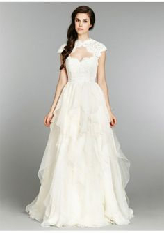Sweetheart Lace Bodice Wedding Gown With Detachable Lace Cap Sleeve #Luxurious #Wedding #Dress