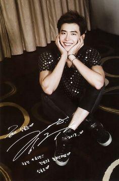 Lee Jong Suk - Singles Magazine September Issue 13