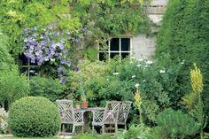 """Die schönsten Gärten Englands in """"Romantische Gartenreisen in England"""" von Anja Birne"""