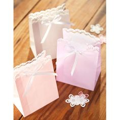 These sweet favor bags are perfect for weddings, parties ...