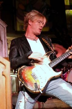 LOVE his sexy guitar! And he's a native son-we grew up in the same town.  Kenny Wayne Shepherd - for great blues music see a show today!
