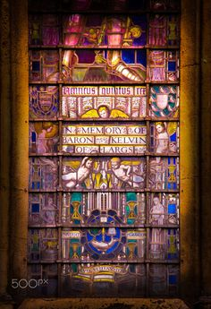 Memorial mansion by Sven Olav Vahlenkamp Leaded Glass, Stained Glass Windows, Westminster Abbey London, Glass Photo, Cathedral, Physicist, Memories, Baron, Mansions
