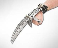 medieval hand blades