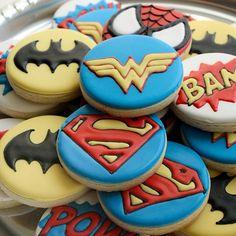 Wonder Woman is always at the top of my superhero list. Superhero Cookies, Superhero Party, Cute Cookies, Sugar Cookies, 6th Birthday Parties, Boy Birthday, Fab Cakes, Dessert Bar Wedding, Decorated Cookies