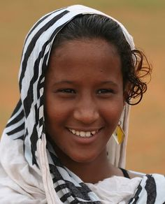 Africa: Haratin girl, Mauritania