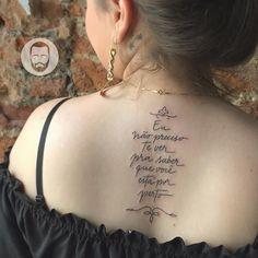 Eu não preciso te ver pra saber que você está por perto. #lettering #frase #tattoo #tatuagem #delicada