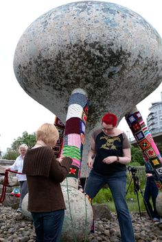 yarn bombing in action