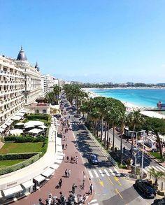 Saint Tropez, La Croisette Cannes, Photo Cannes, Places Around The World, Around The Worlds, Nice Cote D Azur, Juan Les Pins, Villefranche Sur Mer, Ville France