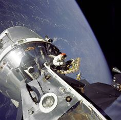 Astronaut David Scott's Out Of This World Job    Serving as the command module pilot for Apollo 9, astronaut David Scott became the seventh man to walk on the moon in March 1969.