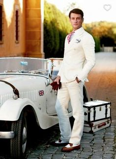 20s men fashion.. Why don't all men dress like this!!