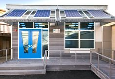 Pacific Gas & Electric (PG&E) and American Modular Systems (AMS) came together to create a Zero Net Energy (ZNE) demonstration classroom tha. Gas And Electric, Community Building, Training Center, Zero, Solar, Construction, Classroom, American, Create
