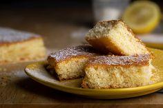 Cornbread, Banana Bread, Ale, French Toast, Breakfast, Ethnic Recipes, Cosmopolitan, Food, Voici