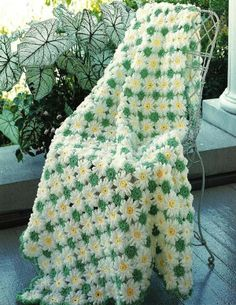 X871 Crochet PATTERN ONLY Daisies, Morning Glories, Kittens 3 Afghans. $2.95, via Etsy.