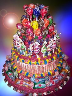 Candy cake for CandyLand birthday party Birthday Party Invitations, Birthday Parties, Birthday Kids, Birthday Cakes, Happy Birthday, Bar A Bonbon, School Carnival, Candy Cakes, Candy Party