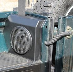 MUD NAS Soft-Top Rear Speaker Panels Rear Speakers, Defender 90, 25 Years Old, Big Bird, Station Wagon, Mud, Old Things, Construction, This Or That Questions