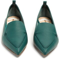 Nicholas Kirkwood Beya grained-leather loafers (9.320 CZK) ❤ liked on Polyvore featuring shoes, loafers, nicholas kirkwood, teal blue shoes, pointy toe loafers, teal green shoes and nicholas kirkwood shoes