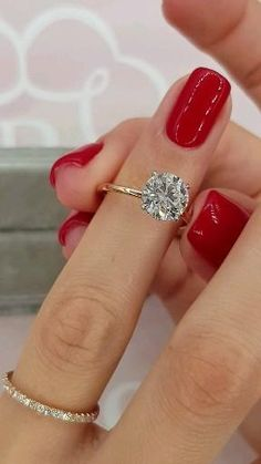 Solitaire Two Tone Rose Gold Set!💍💎 Classic Engagement Rings, Beautiful Engagement Rings, Solitaire Engagement, Big Wedding Rings, Wedding Bands, Wedding Shot, Bridal Rings, Dream Wedding, Ring Verlobung