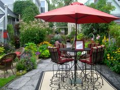 A Sixteenth Street garden on Garden Walk Buffalo.