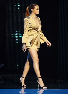 Best Dressed The Week In Outfits - Dance Leotards Rihanna E, Rihanna Outfits, Rihanna Style, Trendy Outfits For Teens, Stylish Outfits, Cute Outfits, Fashion Outfits, Womens Fashion, Fashion Top