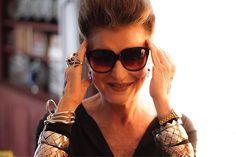 """Já fez sua inscrição para o evento """"Elas por Elas""""? Acesse o site elasporelas2017.com.br e garanta seu lugar em palestras como a de tema """"Ageless Style"""" mediada pela diretora de redação da Vogue Brasil Silvia Rogar (@srogar) com @costanzapascolatos2g e @marilubeer que debatem o tema: quem disse que estilo tem idade? O """"Elas por Elas"""" é uma iniciativa inédita do @jornaloglobo e @revistacrescer @revistagalileu @glamourbrasil @marieclairebr Pequenas Empresas & Grandes Negócios (@revistapegn) e…"""