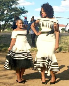 Xhosa traditional wedding attire for 2019 African Fashion Traditional, African Traditional Wedding Dress, Traditional Wedding Attire, African Print Fashion, Traditional Clothes, Xhosa Attire, African Attire, African Wear, African Style