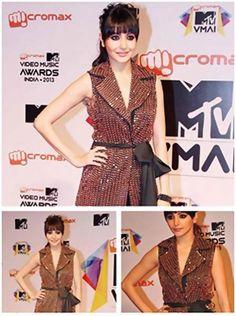 Anushka Sharma in Anaikka at MTV Video Music Awards 2013